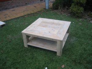 salontafel van steigerhout met verstekblad en schap