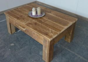 salontafel van steigerhout met lade