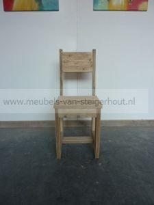 Steigerhouten stoel