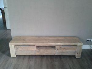 steigerhouten tv-meubel met lades en valdeur