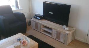 tv-meubel steigerhout robuust