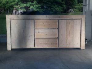 dressoir van steigerhout met lades