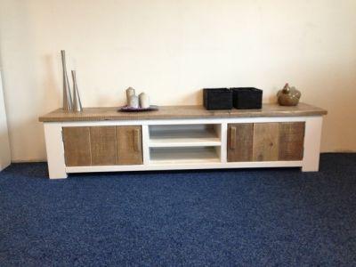 tv-meubel met ral9010 ombouw